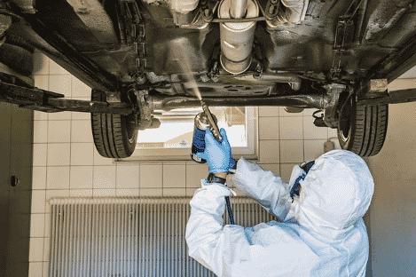 mono para pintar y limpiar coche