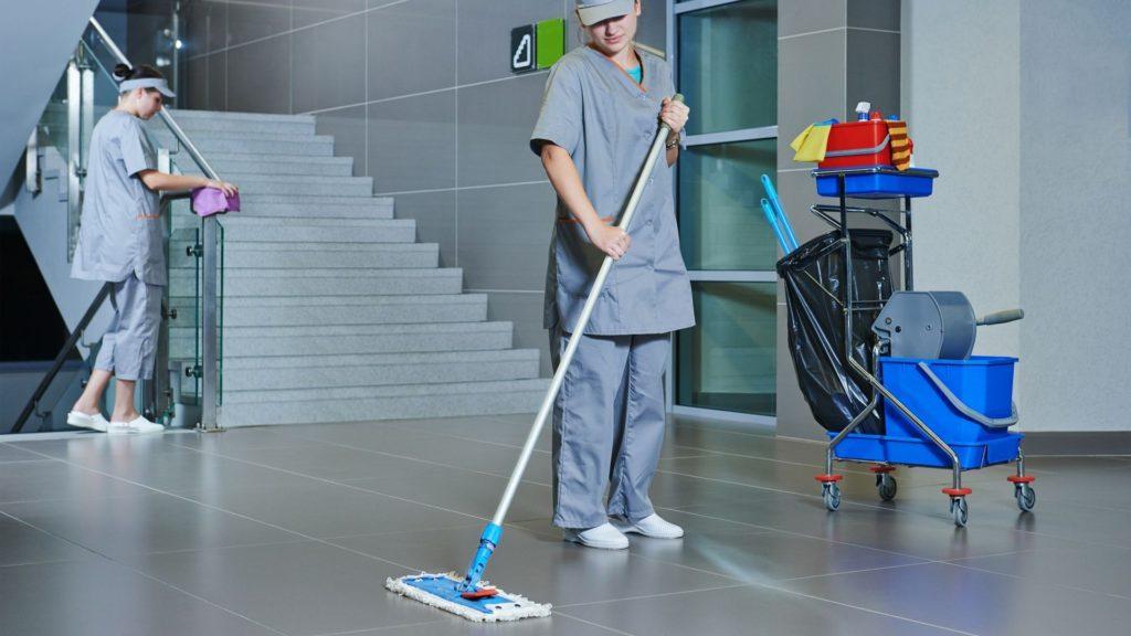 Uniforme de empresa de limpieza